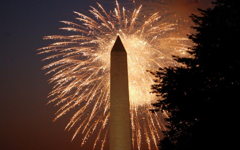 Fireworks over Washington Monument