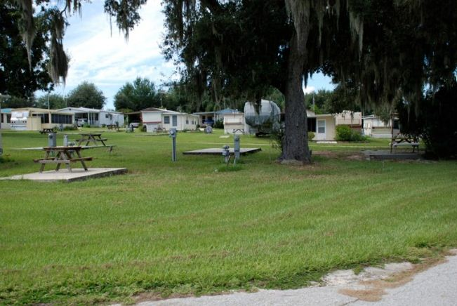 Oak Harbor Is A 198 Site RV And Mobile Home Park Located In Between Orlando Tampa Haines City The Heart Of Florida Waterfront On Large Freshwater