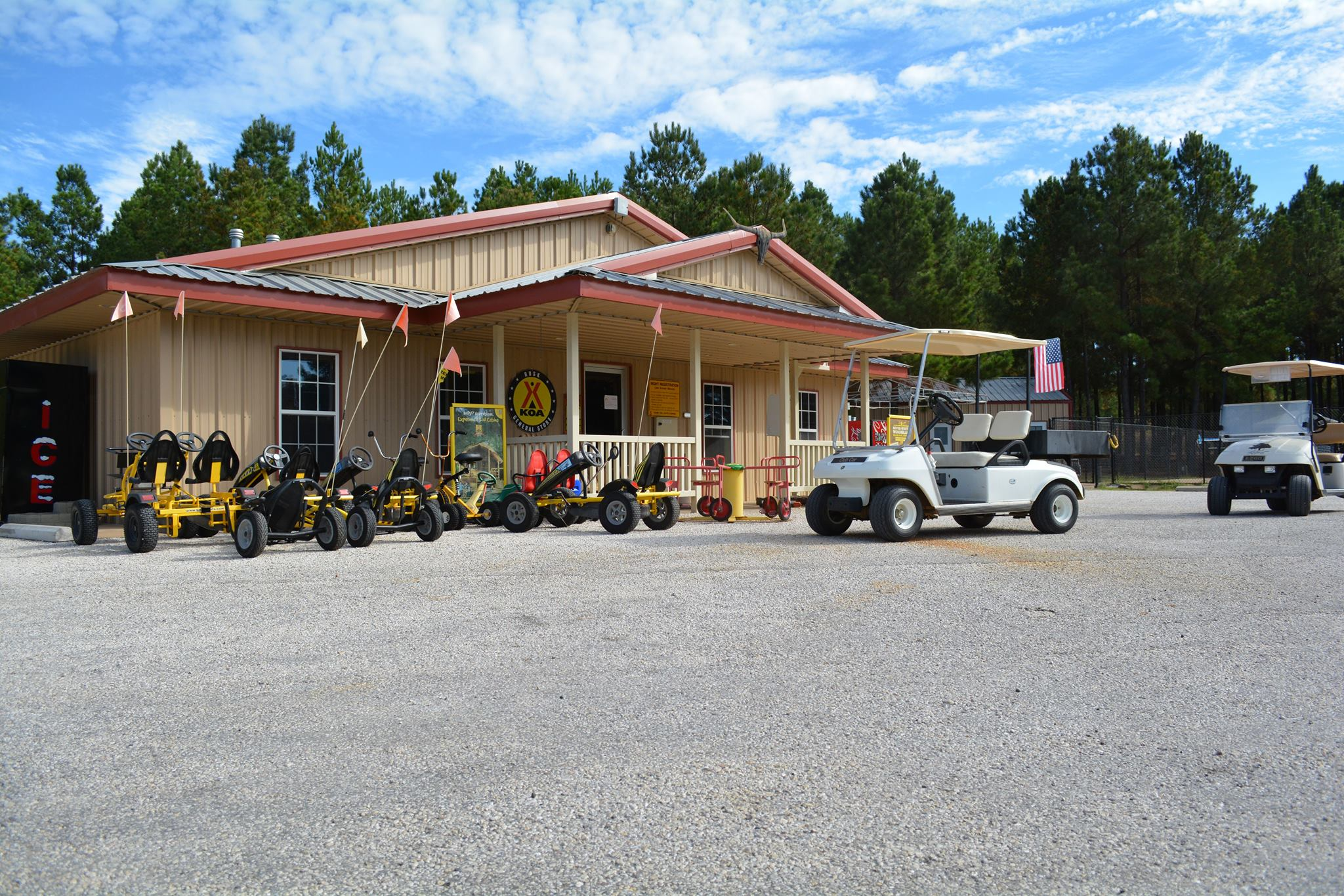 Rusk koa find campgrounds near rusk texas mobilerving for Nearby campgrounds with cabins