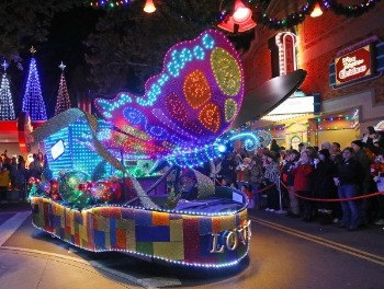 Love float with butterflies made of Christmas lights in the parade [Photo Credit: Dollywood]