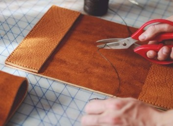 Designing the exterior of the journal using Smyth Sewn binding [Photo Credit: Adventure Journal Photography]